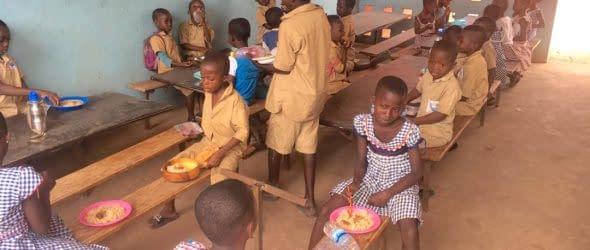 """Proiectul """"Hrană pentru copiii de la Școala Catolică Djebonoua"""" – Raport final"""